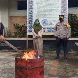RIBUAN Surat Suara di Banjarmasin Dibakar, Dianggap Rusak dan Berlebih