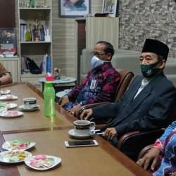 DIGELAR PENCANANGAN Vaksinasi di Banjarmasin, Walikota Sebut Sinovac Halal dan Aman