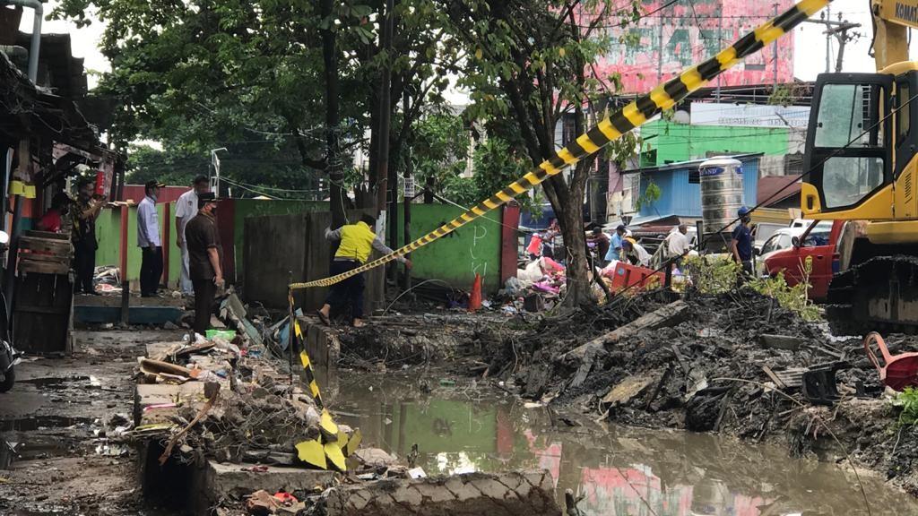 ALAT BERAT Diterjunkan DPRD Kota Banjarmasin untuk Percepat Normalisasi Sungai Veteran