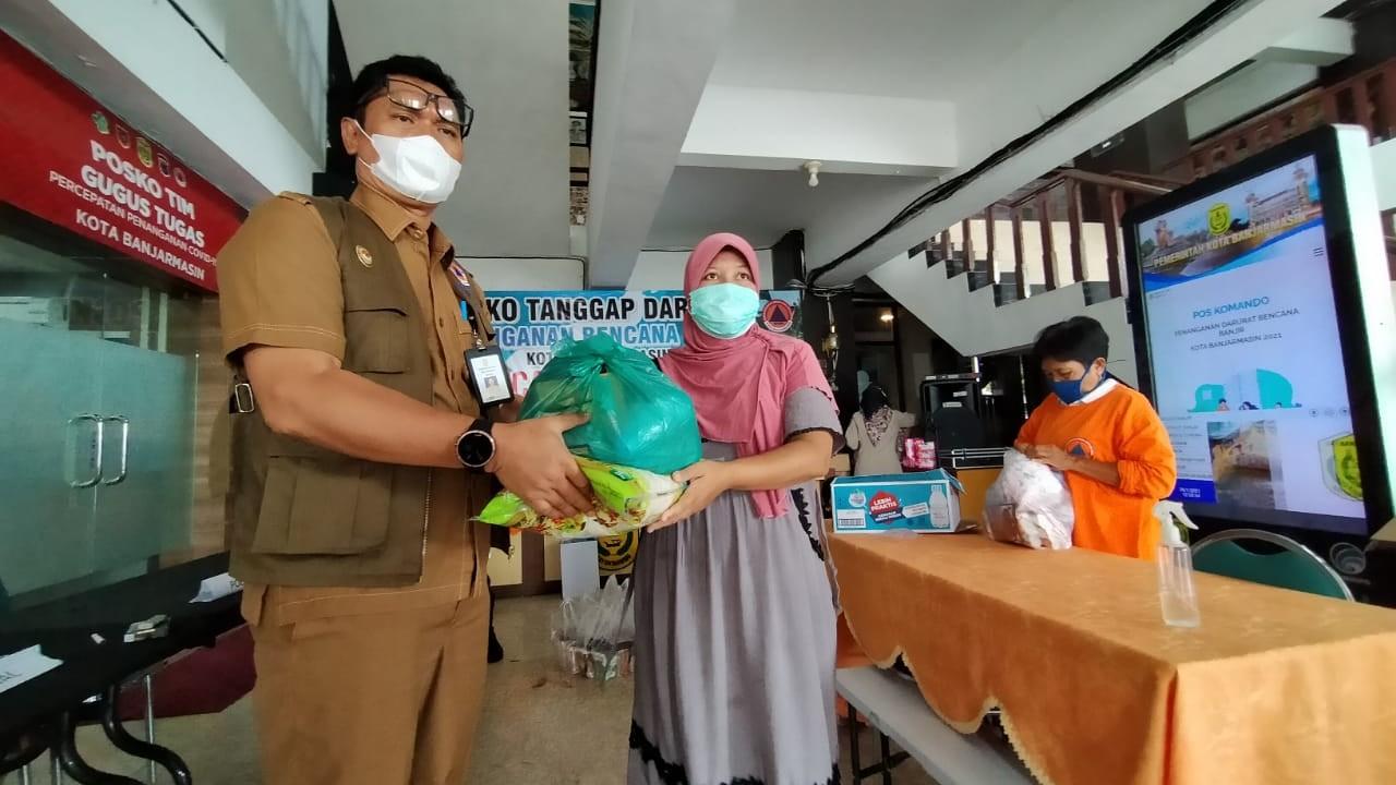 CARI BANTUAN, Warga Korban Banjir Datangi Balai Kota Banjarmasin