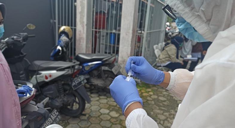 TAMBAH Sebaran 10.994 Kasus Baru Positif COVID-19 di Indonesia, Kalsel 74