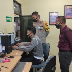 JANGAN KAGET Karena Kapolres HSU Sering Sidak Berkeliling ke Ruangan Pelayanan