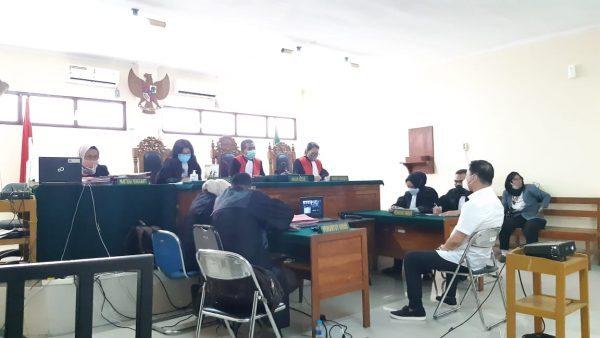 "TERDAKWA 'Paketan Sembako"", Edy Suryadi Divonis Jalani Masa Percobaan 8 Bulan"