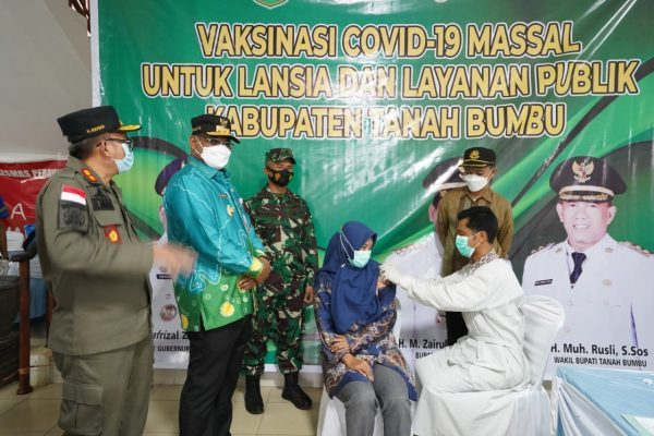 """DOOR TO DOOR"" Vaksinasi Lansia Tanbu Diusulkan Pj Gubernur Kalsel"