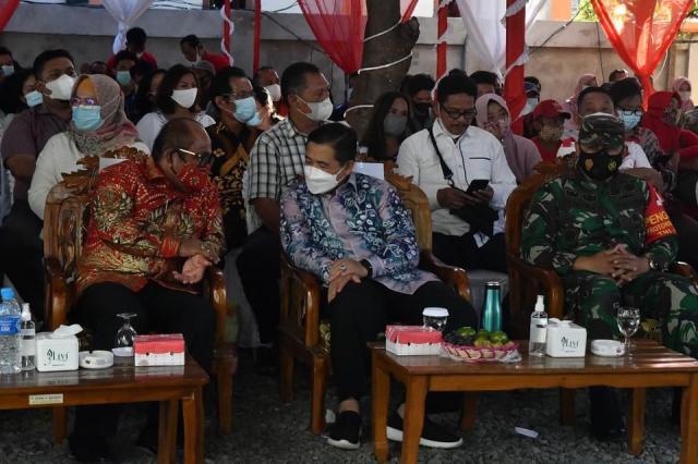 BANGKITKAN Ekonomi Kota Banjarmasin, Walikota Resmikan Kedai 99 Trisakti