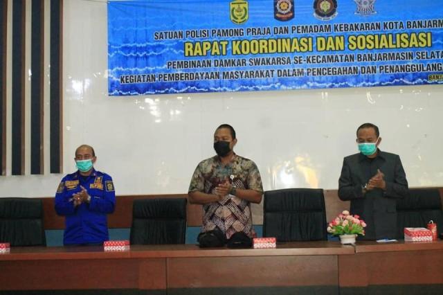 Rapat koordinasi pembinaan Damkar Swakarsa se Kecamatan Banjarmasin Selatan (4)