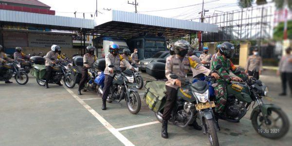 DIKERAHKAN Petugas Polresta untuk Menyalurkan Bantuan ke Masyarakat