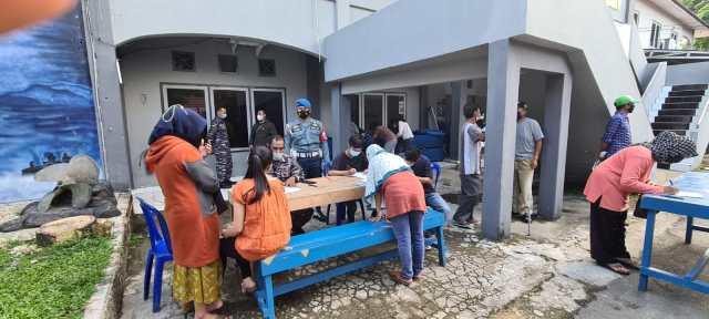 DIGENCARKAN Vaksin Covid-19 Tahap Dua di Markas Komando TNI AL-Lanal Banjarmasin (2)