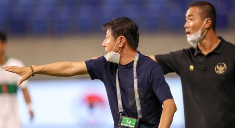 PERSIAPAN BENTUK Timnas, Shin Tae-yong Saksikan Laga Pembuka Liga 1