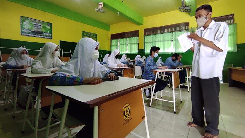 DIIZINKAN Tatap Muka untuk Penilaian Tengah Semester SMP di Banjarmasin