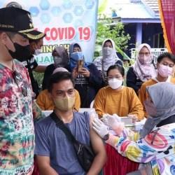 VAKSINASI MASSAL Seratus Ribu Dicanangkan, Walikota Berharap Banjarmasin Turun Level PPKM