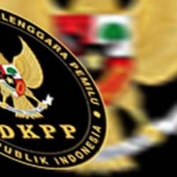 DKPP BERHENTIKAN Satu Komisioner KPU Kabupaten Banjar