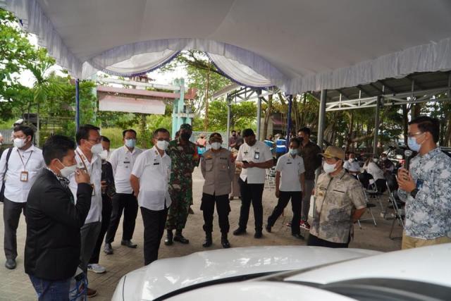 STASIUN PENGISIAN Listrik Umum Resmi Beroperasi di Banjarmasin (2)