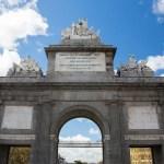 Puerta del Alcalá em Madri Espanha