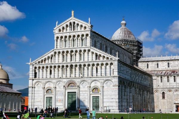 Piazza dei Miracoli em Pisa - Toscana