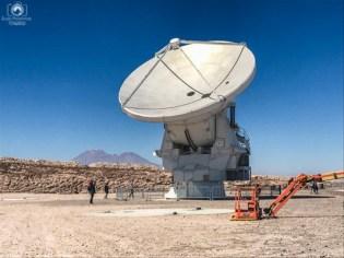 Antena Radiotelescópica no Projeto ALMA no Atacama