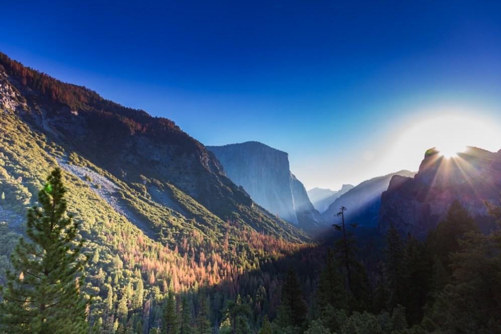Golden Hour no El Capitan no Parque Nacional de Yosemite