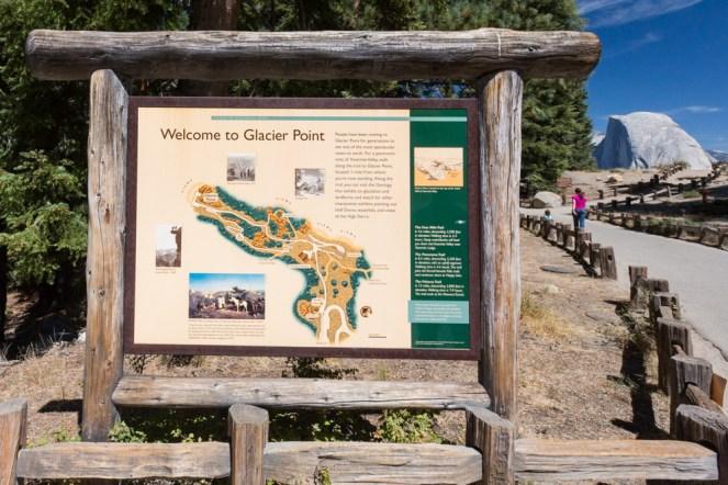 Placa Informativa do Glacier Point no Parque Nacional Yosemite