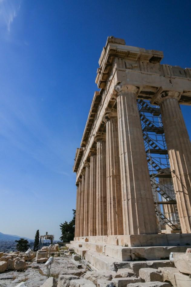 Vista Lateral do Parthenon na Acrópole