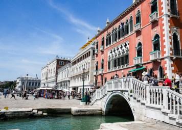 Ponte de acesso a Piazza San Marco em Veneza