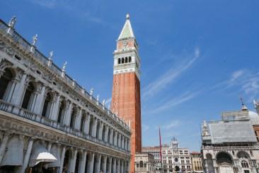 Torre na Piazza San Marco em Veneza