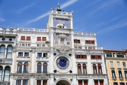 Relógio na Piazza San Marco em veneza