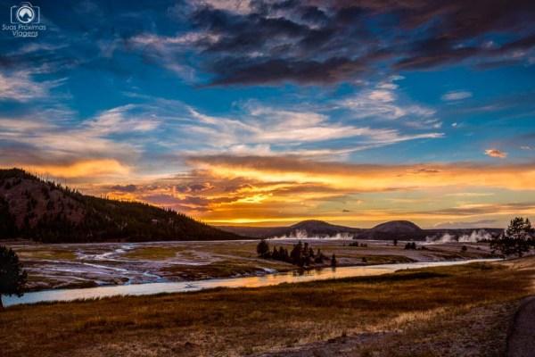 Entardecer no Parque Nacional de Yellowstone