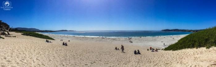 Panorâmica da Praia de Carmel na Costa da Califórnia