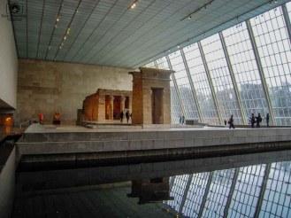 Entrada da Ala Egípcia do Metropolitan em O que fazer em Nova York