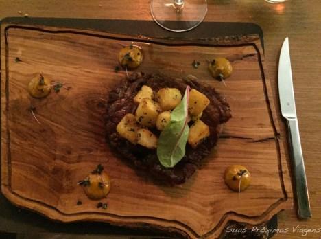 Filet com Batatas no Kalita em Mykonos