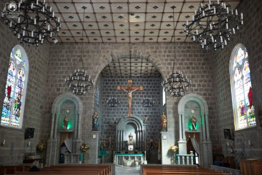 Visão interna da Paróquia São Pedro nas Melhores Dicas de Gramado e Canela