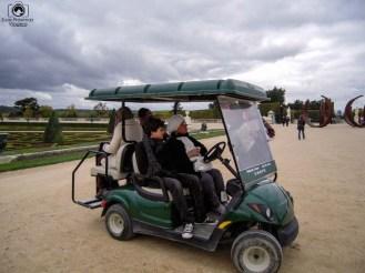 Carrinho para visitar o jardim do Palácio de Versalhes