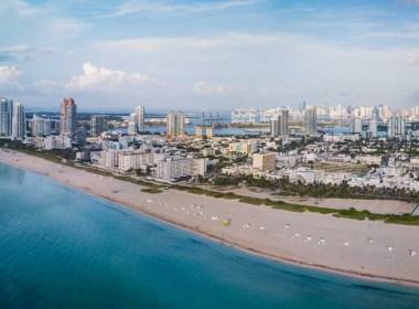 Vista aérea de Miami Beach ao amanhecer