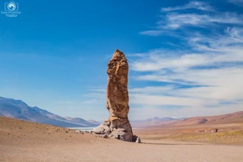 Monjes de la Pacana no Roteiro do Deserto do Atacama