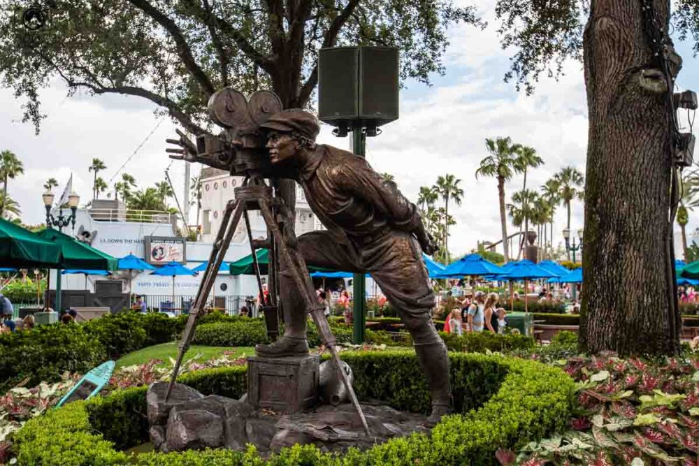 Estátua do Cinegrafista no Hollywood Studios nos Parques em Orlando