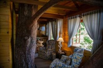 Imagem da Sala da Casa na Árvore no Amantikir em Campos do Jordão