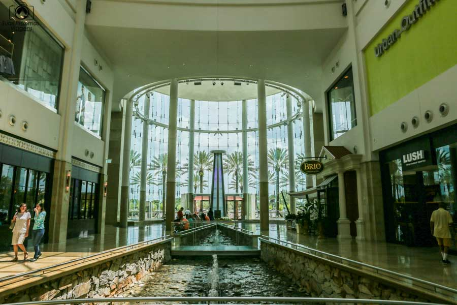Vitral da Entrada do The Millenia Mall