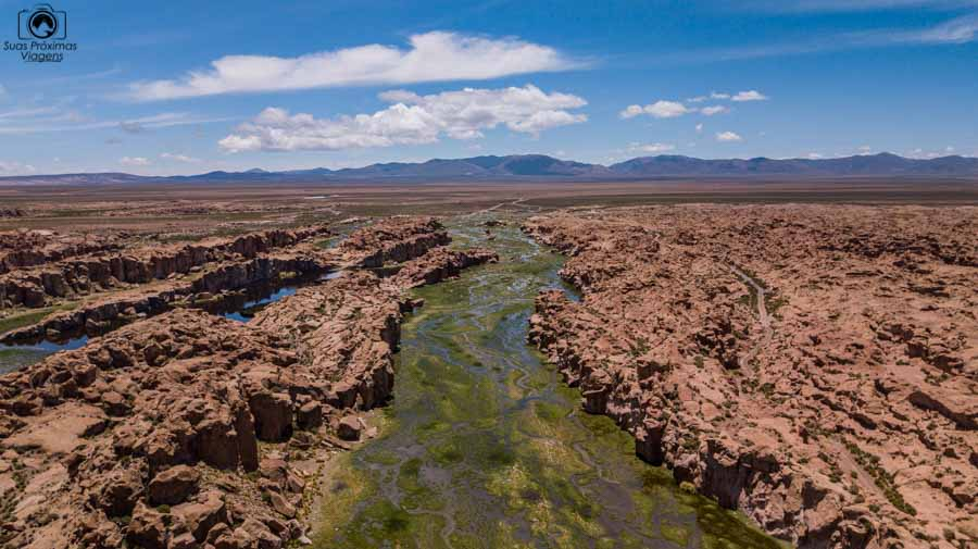 Imagem aérea da Laguna Negra na Bolivia