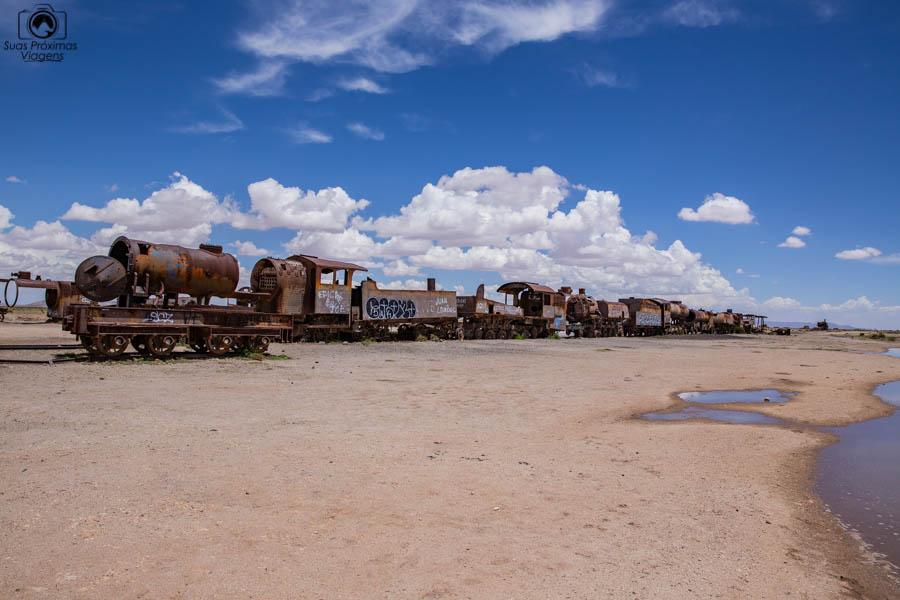 Imagem do cemitério de trem em Uyuni