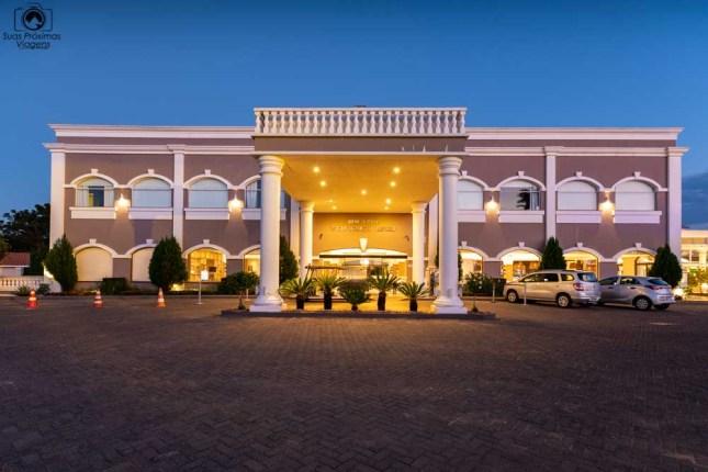 foto da entrada do wish resort