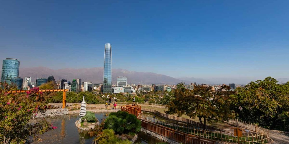 Imagem de Santiago do Chile desde o Jardim Japonês