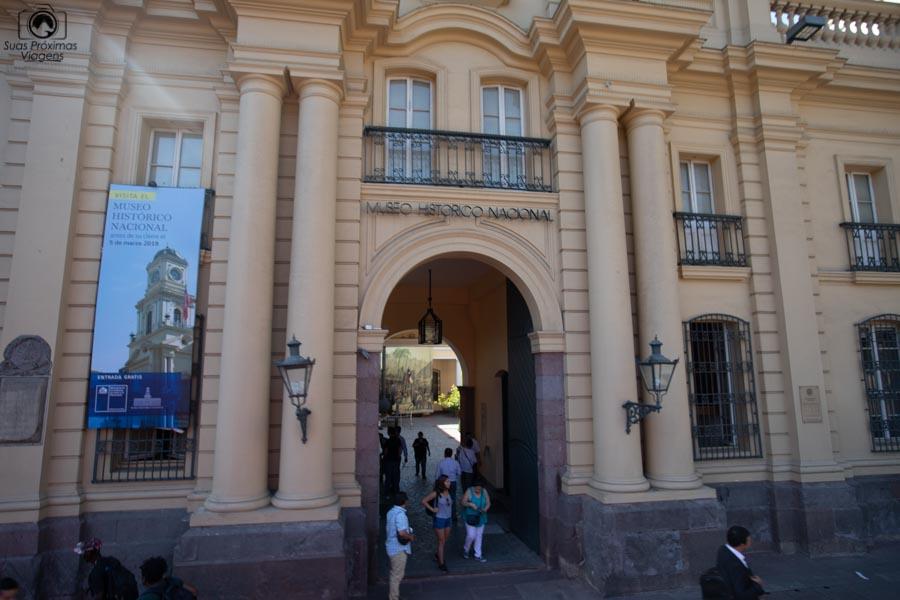 Imagem da entrada do Museo Historico Nacional