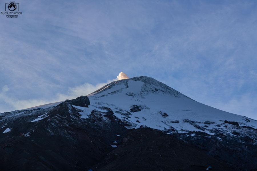 Imagem do Vulcão Villarica no Verão