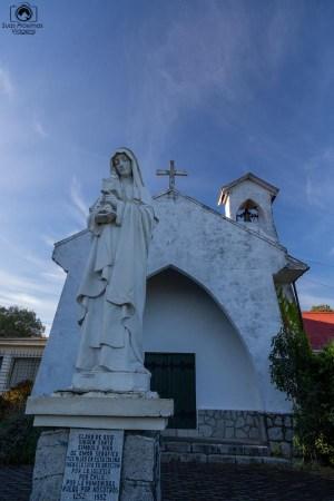 Imagem da entrada do monastério em Pucón Chile