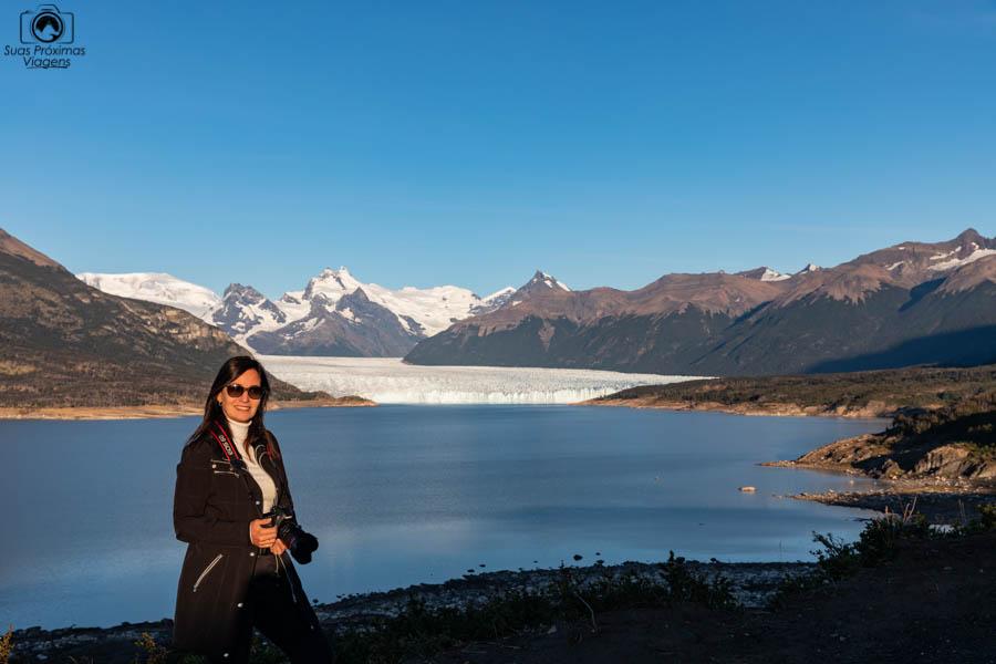 Imagem do Glaciar Perito Moreno ao fundo do Lago Argentino