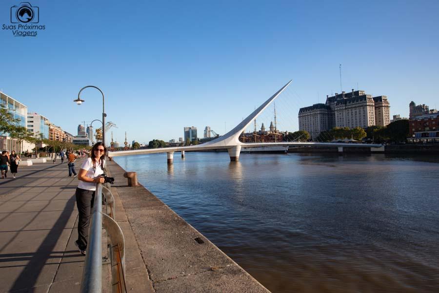 imagem da Puente de la Mujer em o que fazer em Buenos Aires