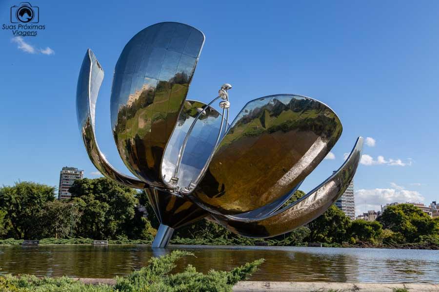 Imagem da Floralis Generica em Buenos Aires