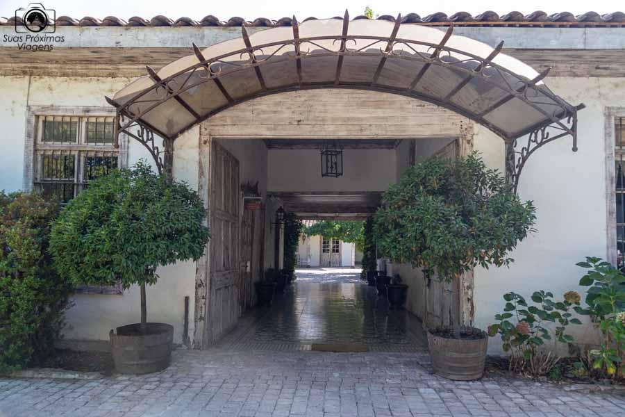 Imagem da entrada do hotel