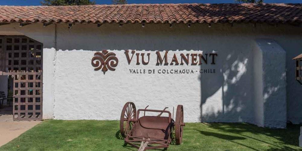Imagem da entrada da Vinicola Viu Manent