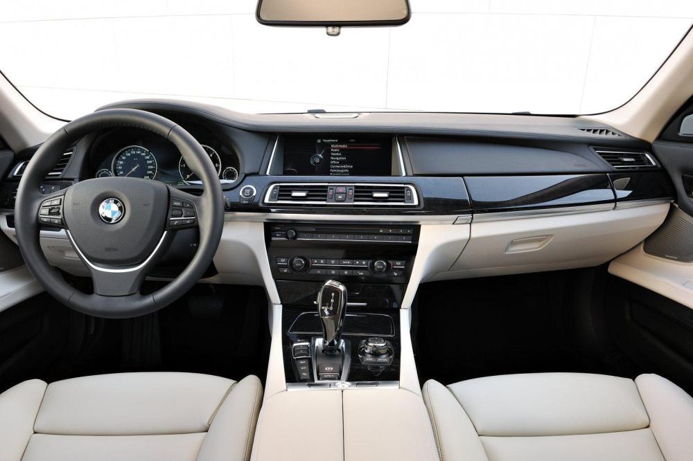 medium resolution of 2015 bmw x8 sports activity cabriolet interior view